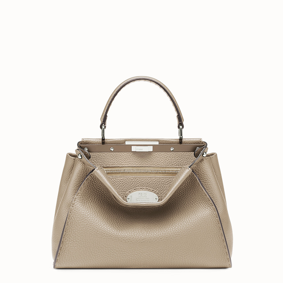 FENDI PEEKABOO ICONIC MEDIUM - Beigefarbene Selleria Handtasche - view 1 detail