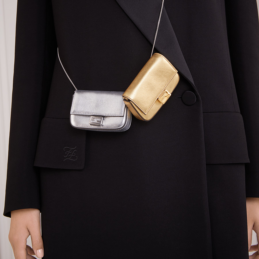 FENDI NANO BAGUETTE - Charm in golden leather - view 2 detail