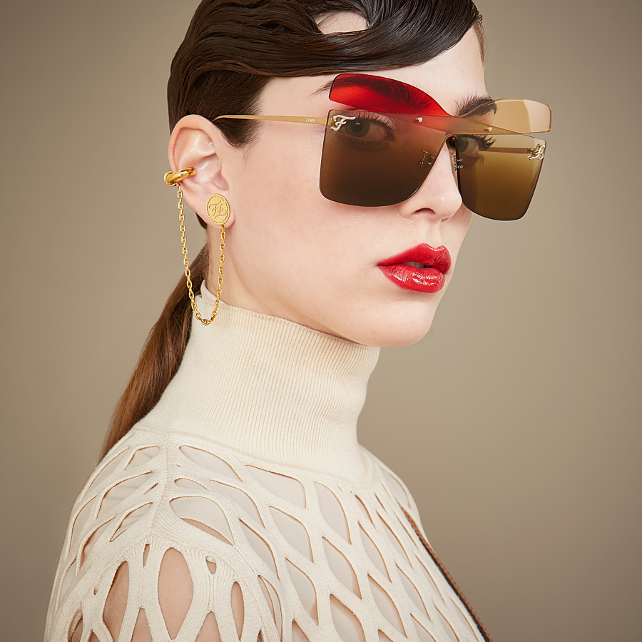 FENDI KARLIGRAPHY - Golden, red, pink-coloured sunglasses - view 4 detail