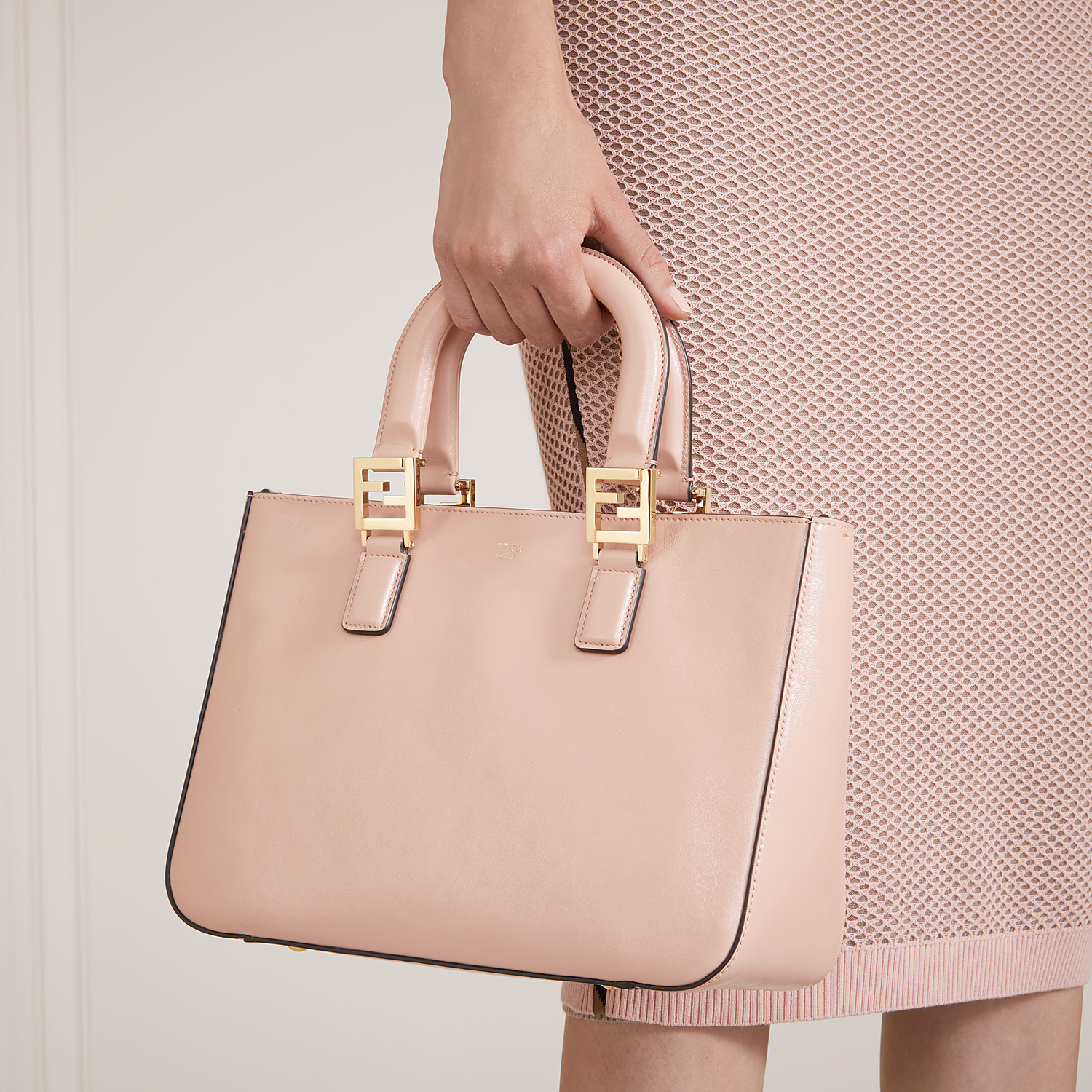 FENDI FF TOTE SMALL - Pink leather bag - view 2 detail