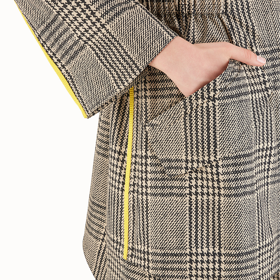 FENDI MANTEL - Glencheck-Parka in Beige - view 3 detail