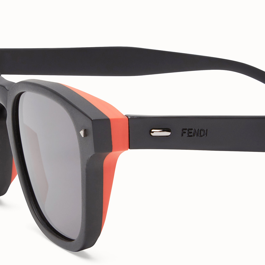 FENDI I SEE YOU - Black sunglasses - view 3 detail