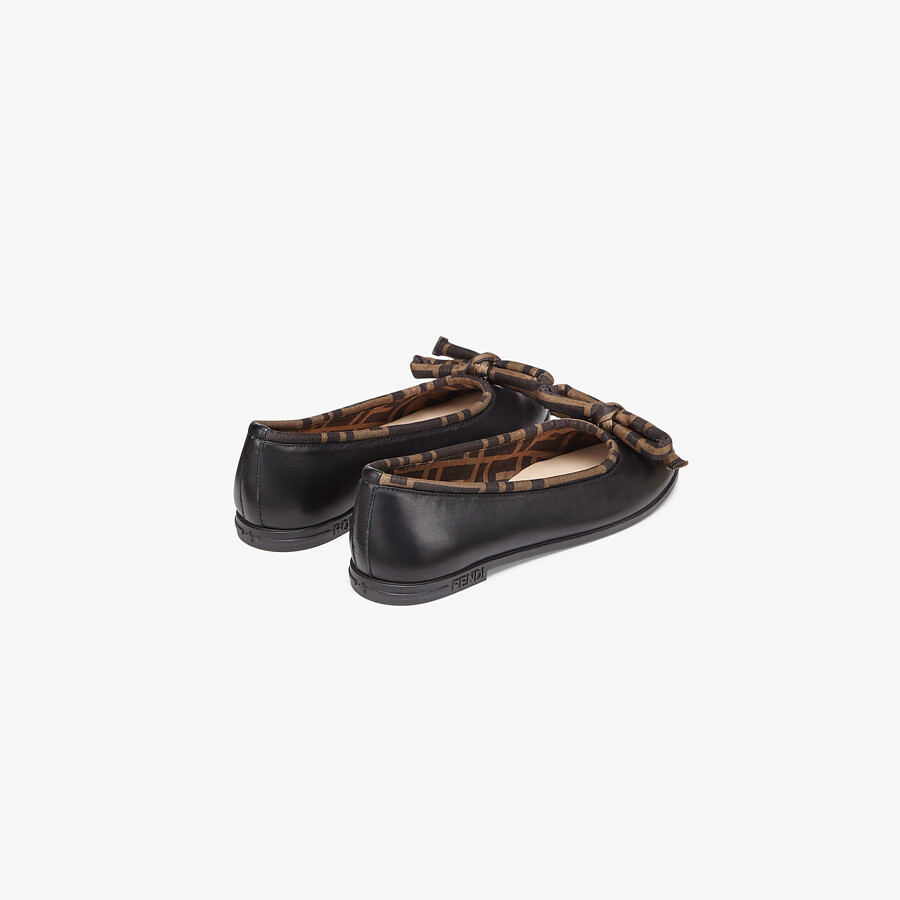 FENDI JUNIOR BALLERINAS - Black leather ballerinas with a touch of FF logo - view 3 detail