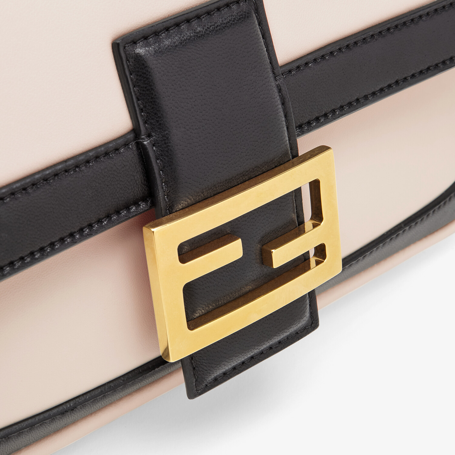 FENDI BAGUETTE CHAIN - Pink and black nappa leather bag - view 5 detail