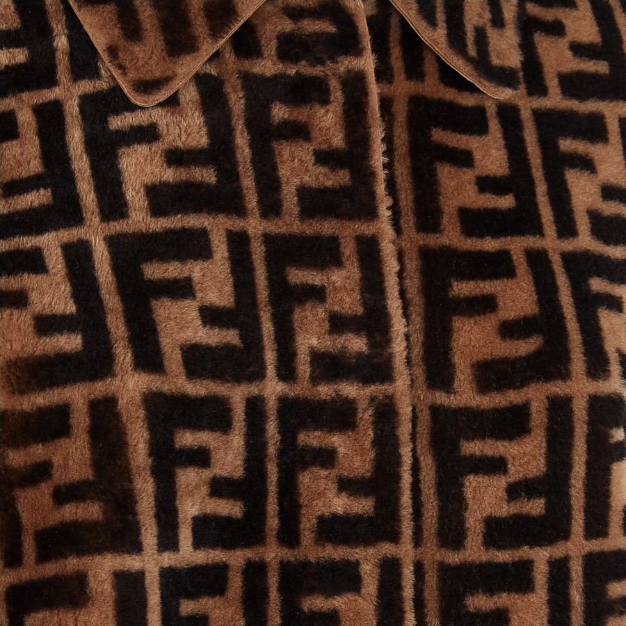FENDI OVERCOAT - Brown shearling coat - view 3 detail