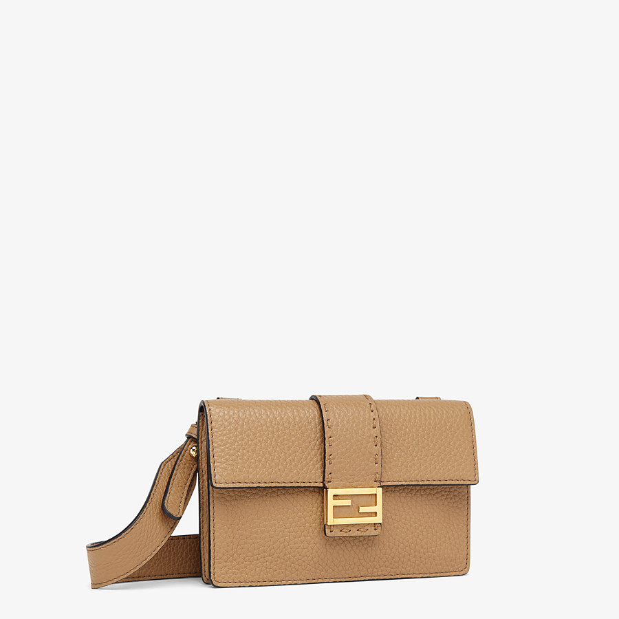 FENDI BAGUETTE POUCH - Beige leather bag - view 2 detail