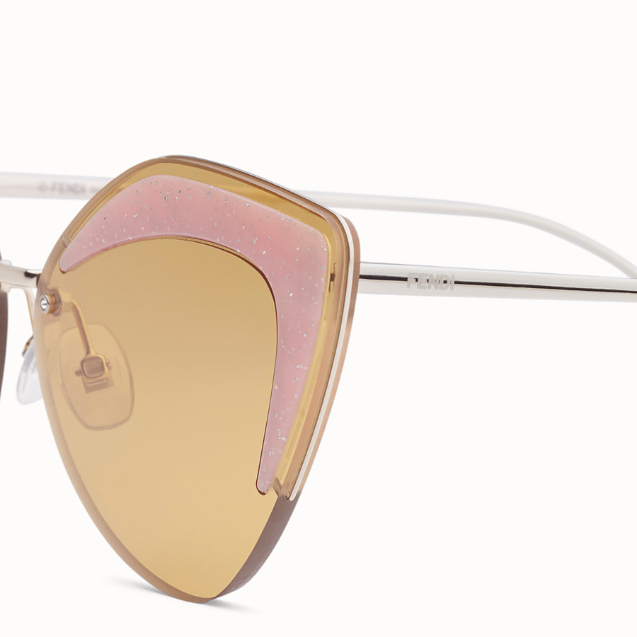 FENDI FENDI GLASS - Gold-coloured sunglasses - view 3 detail