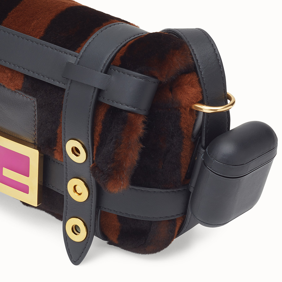 FENDI BAGUETTE MINI CAGE - Mink and black leather bag - view 6 detail