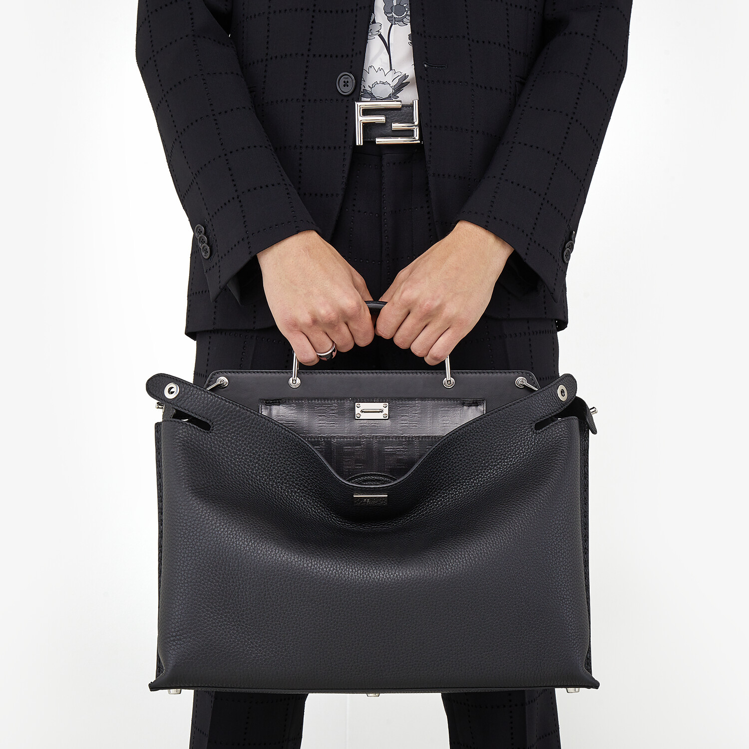 FENDI PEEKABOO ESSENTIAL - Black leather bag - view 7 detail