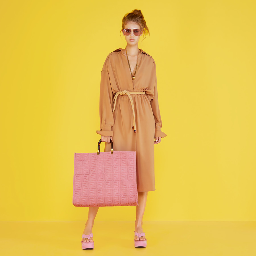 FENDI FENDI SUNSHINE XL - Pink terrycloth shopper - view 2 detail