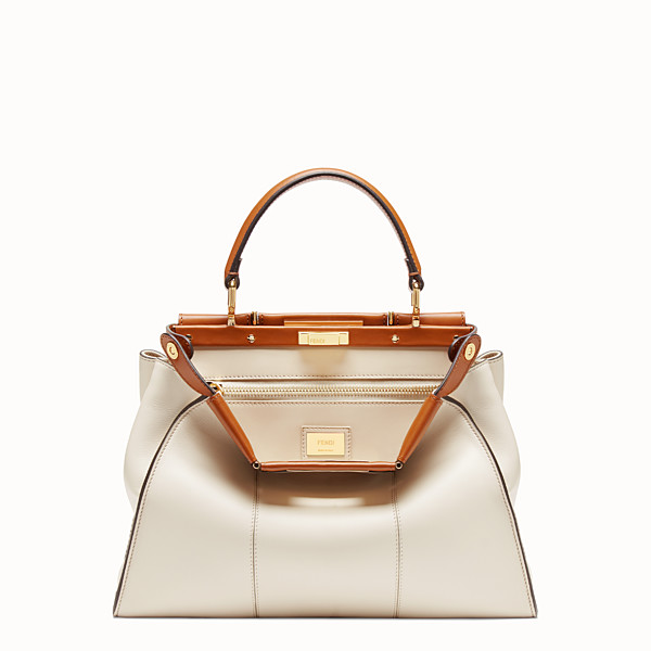 FENDI PEEKABOO ICONIC MEDIUM - Sac en cuir blanc - view 1 small thumbnail