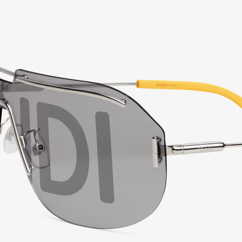 FENDI FENDI CODE - Fashion Show Sunglasses - view 3 detail