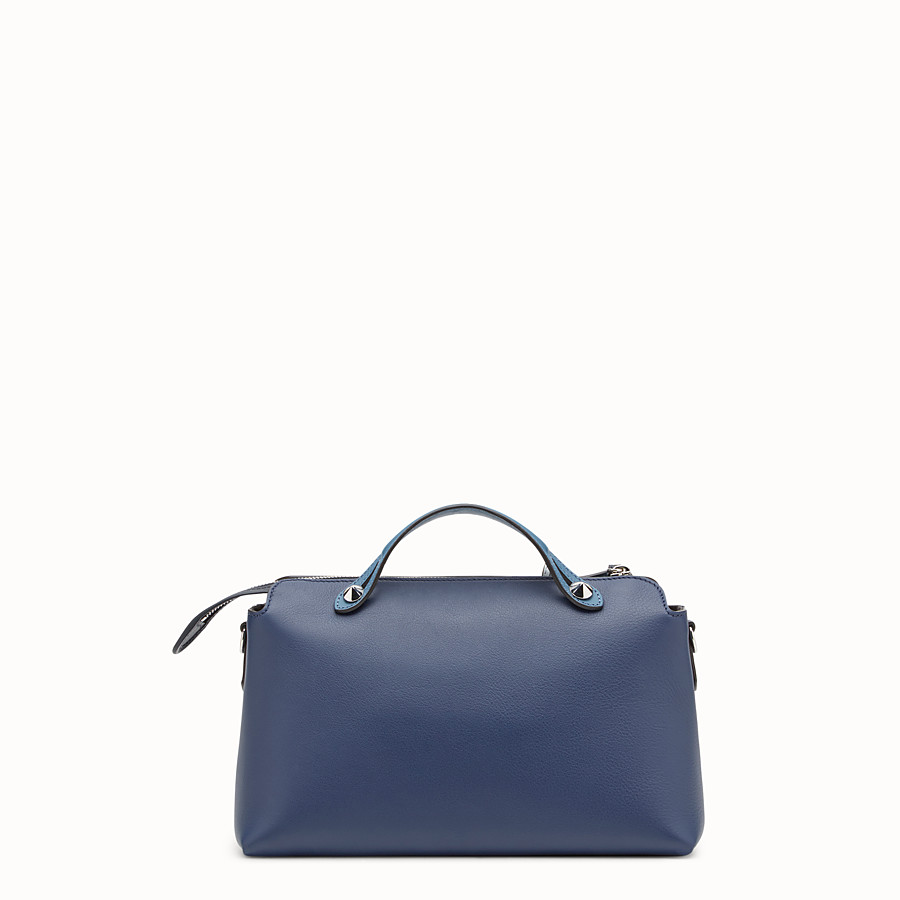 FENDI BY THE WAY REGULAR - Boston Bag aus Leder in Blau - view 3 detail