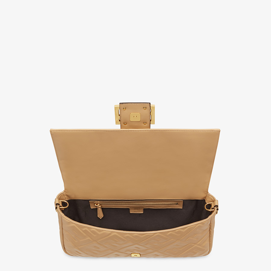 FENDI BAGUETTE LARGE - Beige leather bag - view 5 detail