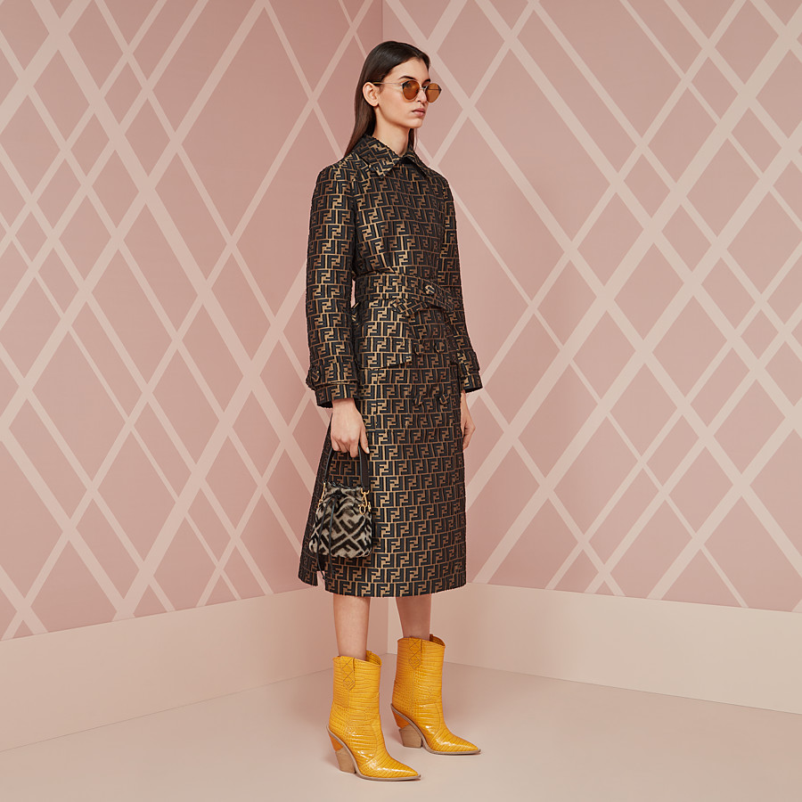 FENDI BOOTS - Yellow crocodile-embossed ankle boots - view 5 detail