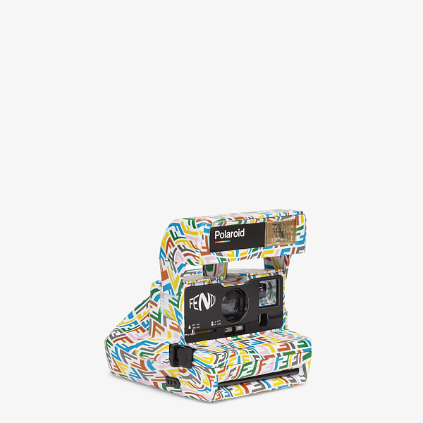 Multicolour camera
