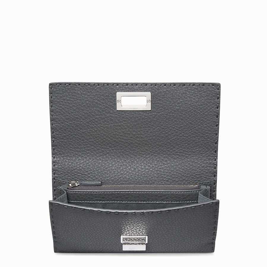 FENDI CONTINENTAL - Wallet in grey Roman leather - view 4 detail