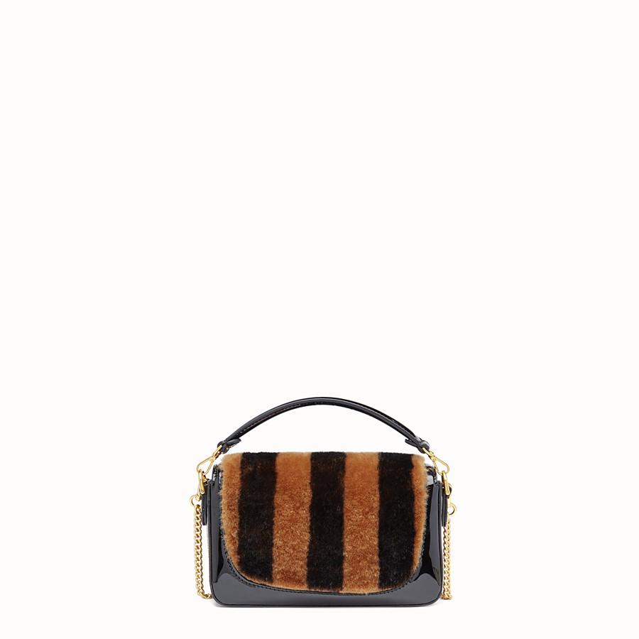 FENDI MINI BAGUETTE - Mini-Tasche aus Lammfell und Vinyl Mehrfarbig - view 4 detail