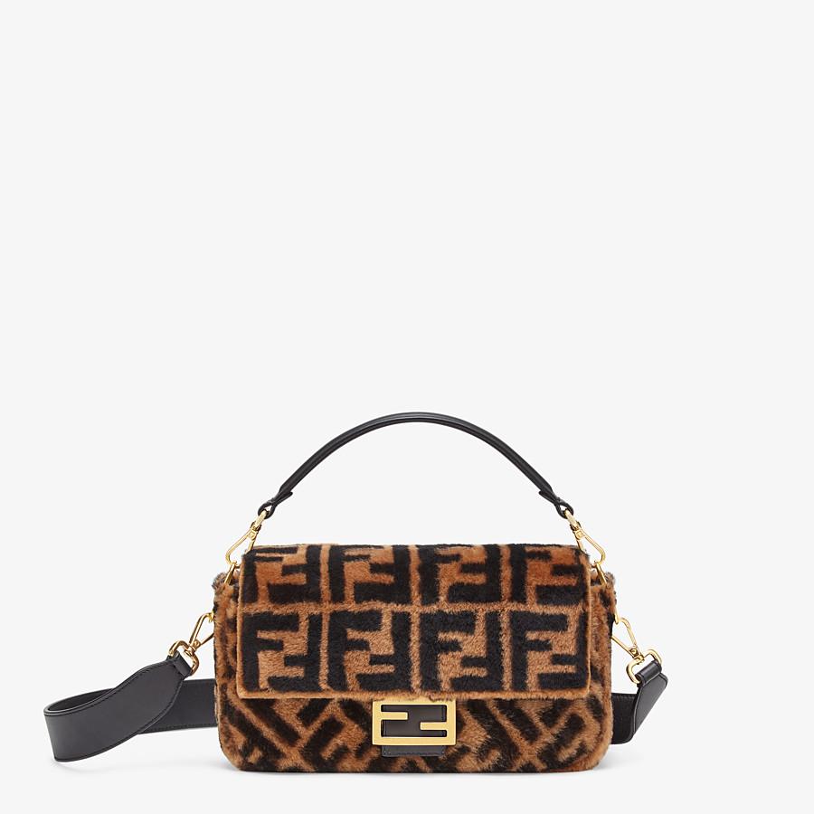 FENDI BAGUETTE - Tasche aus Lammfell in Braun - view 1 detail