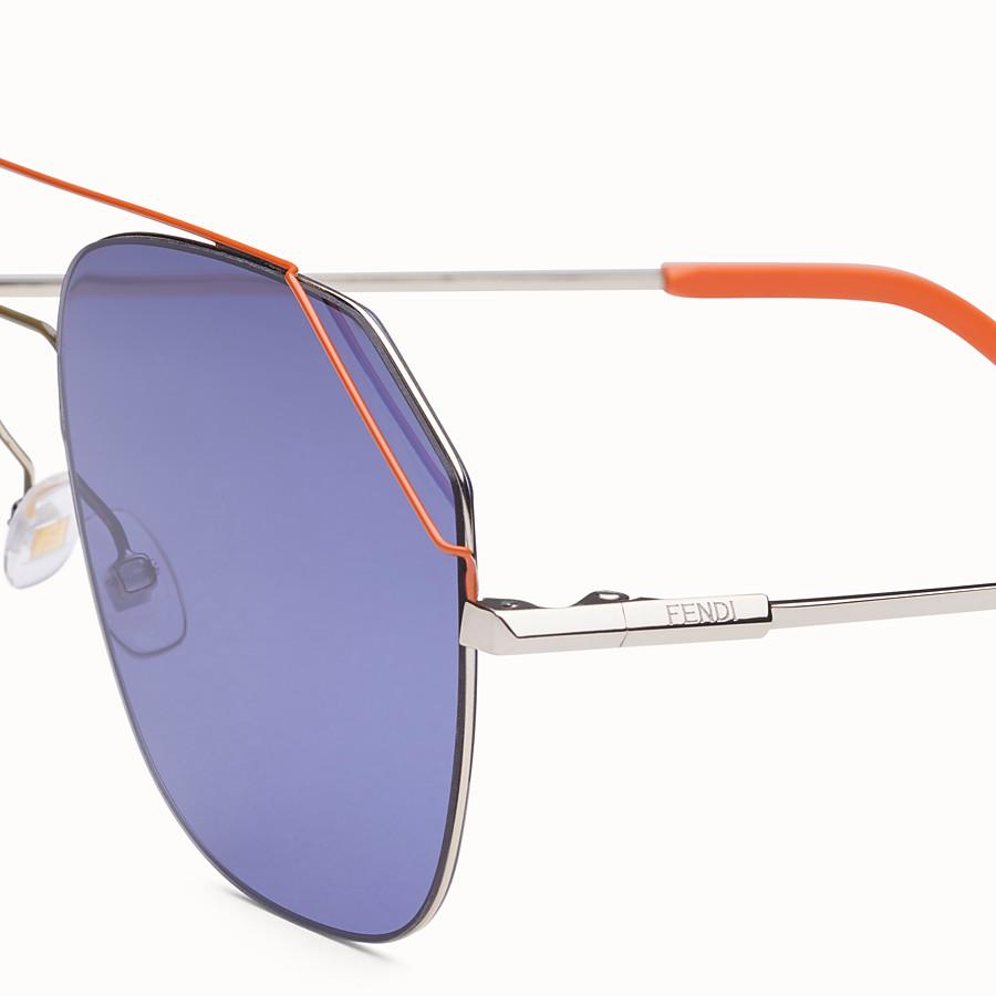 48e57c357e7 Light gold and orange sunglasses - FENDIFIEND