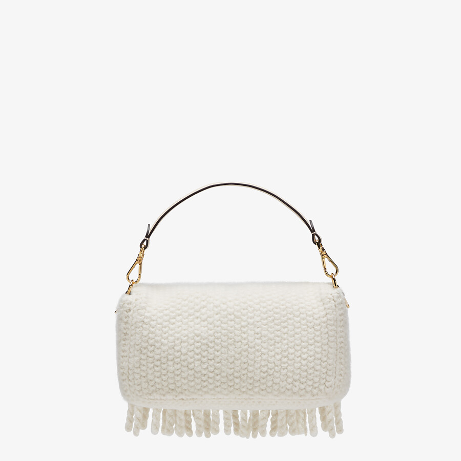 FENDI BAGUETTE - White wool bag with fringes - view 4 detail