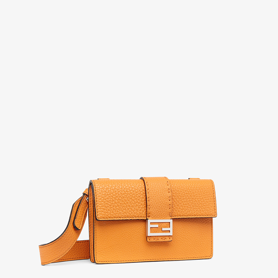 FENDI BAGUETTE POUCH - Orange leather bag - view 2 detail