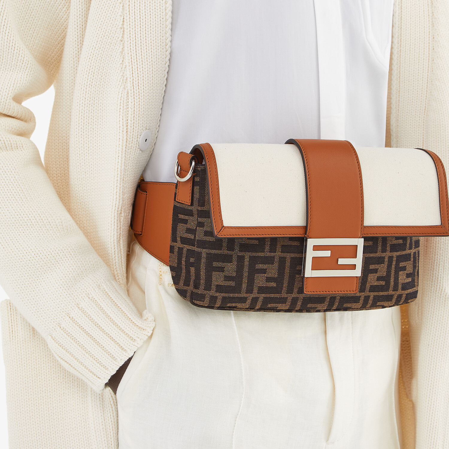 FENDI BAGUETTE - Brown fabric bag - view 7 detail