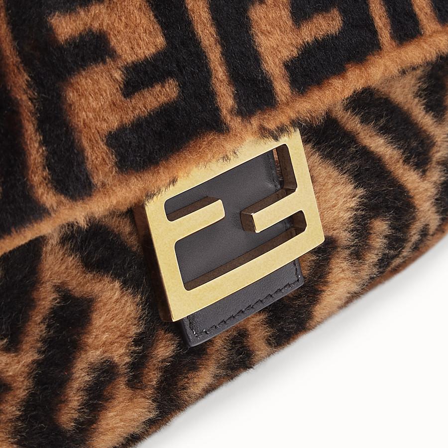 FENDI BAGUETTE - Brown sheepskin bag - view 6 detail